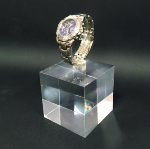 Cube watch display
