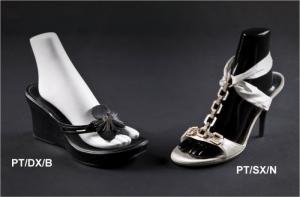 Espositore per sandali con tacco