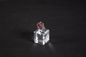 Porta anelli cubo con angoli smussati