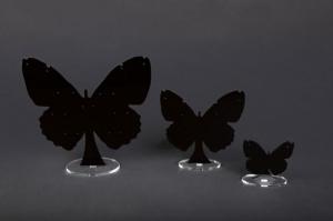 Porta orecchini in plexiglass nero modello farfalla