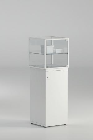 Teca in cristallo con mobile