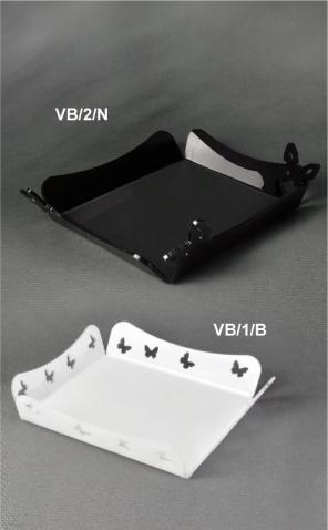 Vassoio in plex bianco e nero